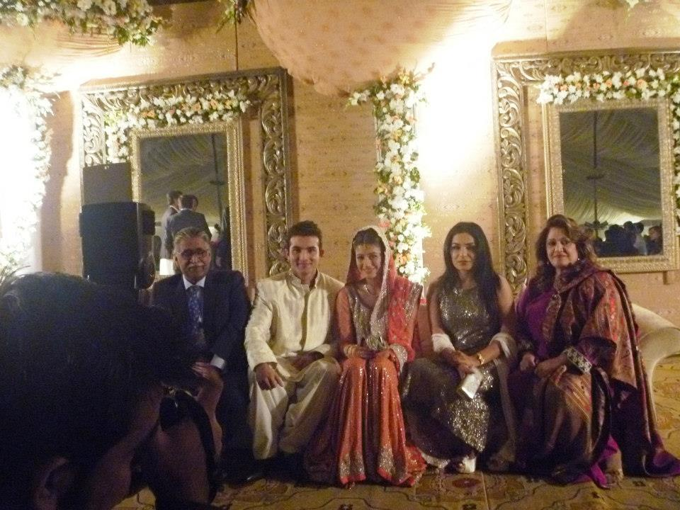 Syra Shehroz Rukhsati Family Photo Picture23729776 2012122435335 1 - Syra Yousuf and Shehroze Sabzwari Nikkah / Wedding Pictures