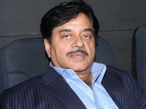 indian-actor-shatrughan-sinha-calls-on-nawaz-sharif-1326981683-6506